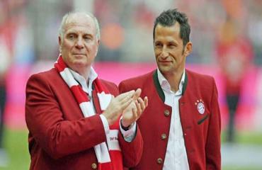 Bayern Munich: Hoeness quyết liệt bảo vệ Salihamidzic