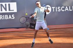 Federer rút lui ở tứ kết Rome Masters