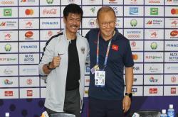 HLV Indonesia giải thích cho việc đưa cả đội đi tập vào lúc... 5 giờ sáng