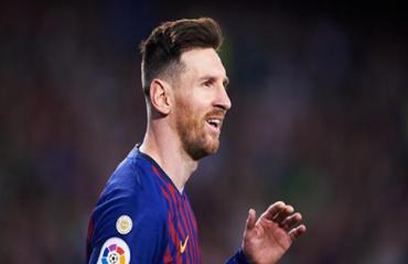 Lần thứ 7 đề cử, Messi sẽ được giải Puskas như Ronaldo?
