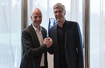 'Giáo sư' Wenger chính thức nhận công việc mới