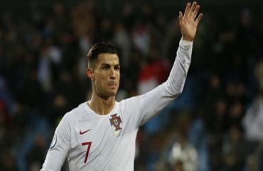 Ronaldo ghi nhiều bàn nhất cho ĐT Bồ Đào Nha trong 1 năm qua