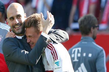 Joshua Kimmich mong Pep trở lại Bayern