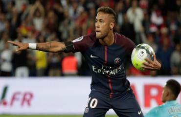 Real cử đại diện sang Paris đàm phán với Neymar