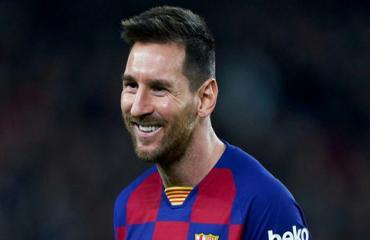 Messi vượt qua kỷ lục hat-trick của Ronaldo tại La Liga