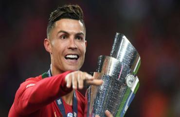 Ronaldo khoe thành tích đáng kinh ngạc mùa 2018/19