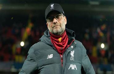 Liverpool có thể nâng cúp Ngoại hạng Anh ở Anfield