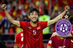 Nhà vô địch (26/6): Câu chuyện xuất ngoại của cầu thủ Việt