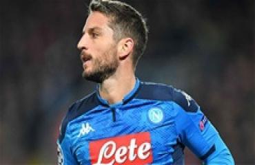 Lampard vẫn gọi điện cho sao Napoli hàng ngày