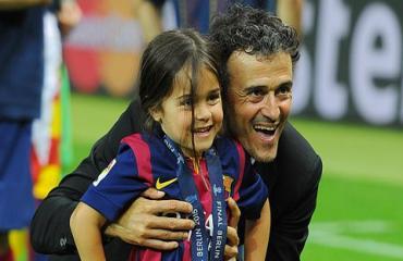 La Liga dành một phút mặc niệm con gái Luis Enrique