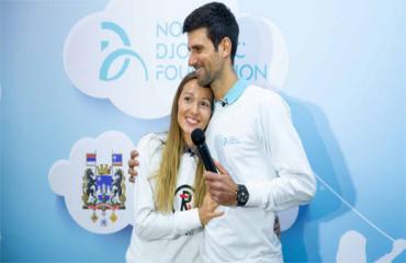 Djokovic ủng hộ 1 triệu euro chống dịch