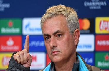 Mourinho cấm cầu thủ Tottenham xem lại trận thua Bayern 2-7