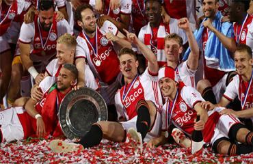 Vô địch Hà Lan, Ajax giành cú đúp danh hiệu ở giải quốc nội