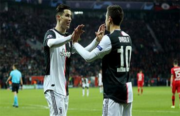 'Ronaldo và Dybala đã chịu thay đổi để hòa hợp với nhau'
