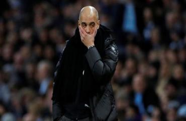 Thua ở derby Manchester, Guardiola có khởi đầu mùa giải tệ nhất sự nghiệp