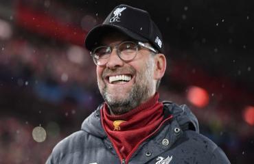 Liverpool hiện tại mạnh hơn Arsenal 2004?