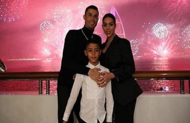 Con trai Ronaldo giành giải thưởng lớn trong màu áo U9 Juventus