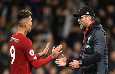 'Được đá bóng trở lại, cầu thủ Liverpool vui như trẻ lên 5'