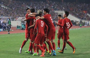 ĐT Việt Nam nhận mưa tiền thưởng sau trận thắng UAE