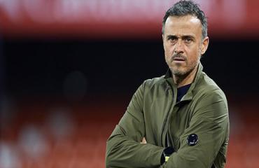 Arsenal liên hệ với Enrique, ghế của Emery lung lay dữ dội