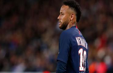 Barca lại bị đội bóng cũ của Neymar kiện đòi tiền