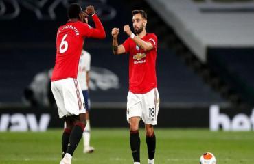ĐIỂM NHẤN Tottenham 1-1 MU: Pogba tạo khác biệt, VAR từ chối 11m cho MU là đúng