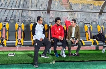 Liverpool ngán ngẩm khi thấy Salah đeo đồ bảo hộ ở chân