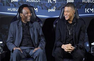 'Gia cát dự' Pele phán về tương lai của Mbappe