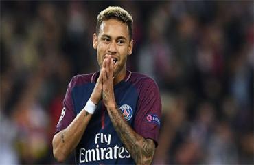 Đội hình hay nhất PSG 10 năm qua không có Neymar