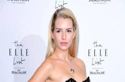 Lottie Moss: Em gái siêu mẫu khiến quý tử nhà Beckham mê mệt