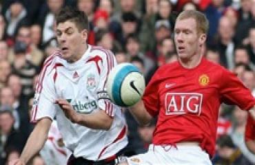 Giữa Gerrard và Scholes, Fabregas chọn ai xuất sắc hơn?
