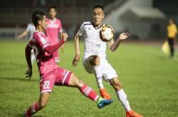 CLB TP.HCM vs Sài Gòn FC, 19h00 ngày 12/6: 'Gà tức nhau tiếng gáy'