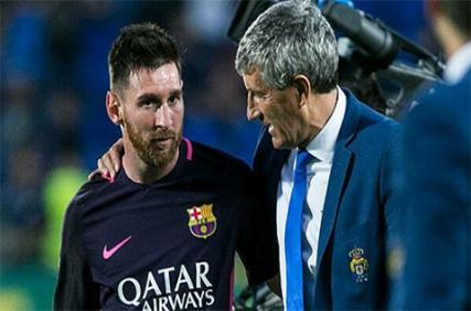 HLV Setien 'ăn miếng trả miếng' với Messi