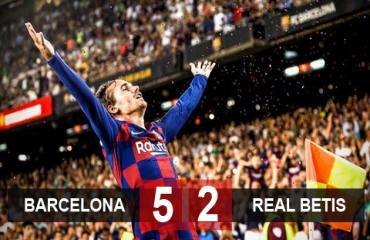 Barca 5-2 Real Betis: Griezmann lập cú đúp, Barca có trận thắng đầu tay