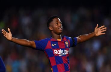 Thần đồng Fati tiếp tục xác lập thêm kỷ lục tại Barca