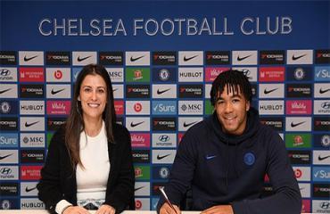 Chelsea thưởng sao trẻ Reece James hợp đồng mới hậu hĩnh