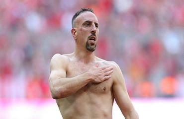 Ribery tránh đối đầu với Ronaldo tại Serie A