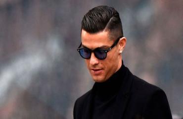 Ronaldo: 'Messi khiến tôi trở nên xuất sắc hơn'