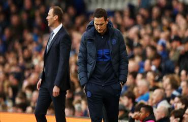 The Blues hụt hơi và Lampard đang bối rối