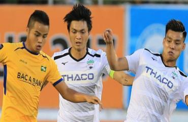 Bóng đá Việt Nam ngày 31/7: Công Phượng khoe ảnh cười tươi cùng đồng đội Sint Truidense
