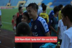 CĐV Thành Nam quây kín các cầu thủ Hà Nội