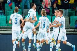 Slovenia 2-0 Ba Lan (Vòng loại EURO 2020)