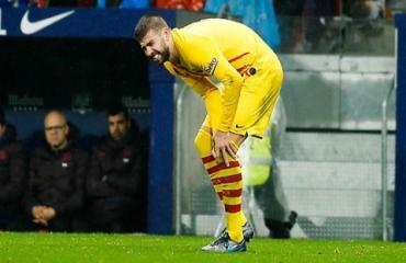 Pique chấn thương, Barca lo sốt vó