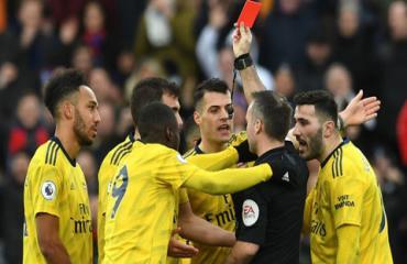 Arsenal kháng cáo bất thành cho Aubameyang