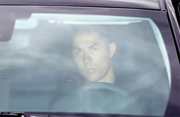 Ronaldo chơi trội khi trở lại tập luyện sau giai đoạn cách ly vì dịch Covid-19