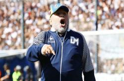 Maradona tước quyền thừa kế của con gái