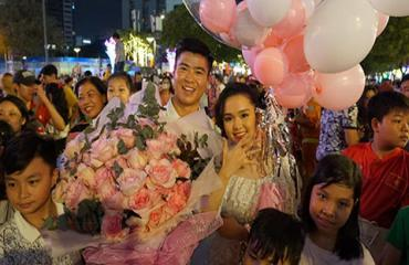 Duy Mạnh cầu hôn em vợ Văn Quyết ngày đầu năm 2020