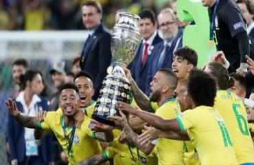 Brazil hãy cứ vui niềm vui vô địch