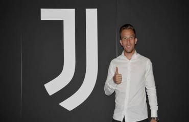 Juventus chiêu mộ Arthur với giá 72 triệu euro